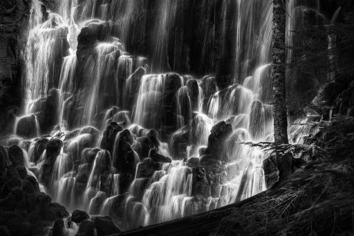 Ramona Falls, copyright © Marc Sheridan
